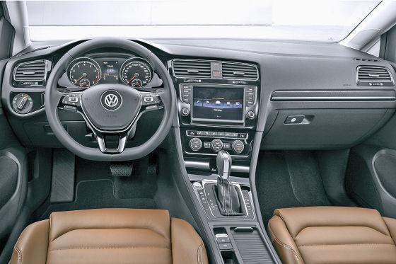 Golf 7 Preis >> Vw Golf Vii Preis Das Kostet Der Neue Golf 7 Autobild De