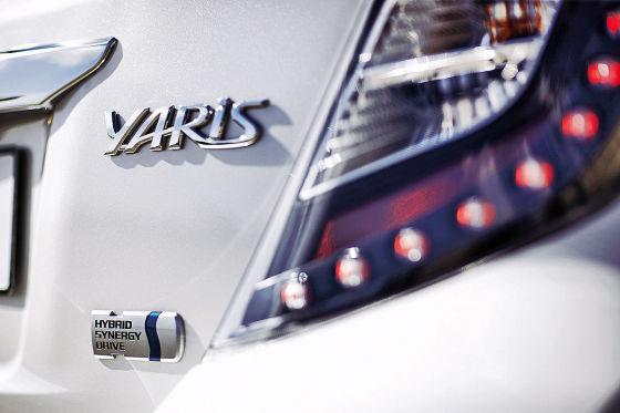 Toyota Yaris Hybrid macht Grün zu Gold