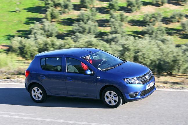 Video: Dacia Sandero (2012)