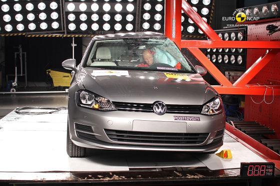 Crashtest VW Golf VII