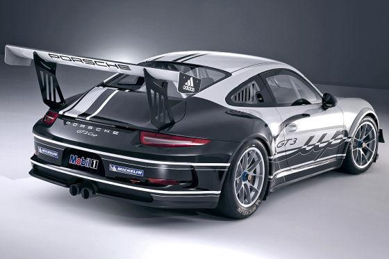 Porsches weiße Pistensau