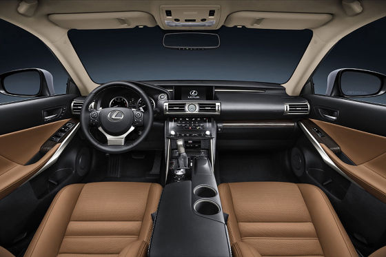 Lexus IS (2013)