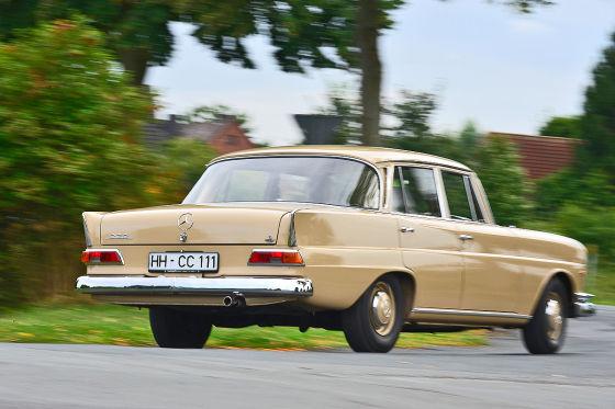 Mercedes 220 b