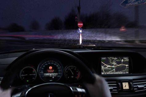 Assistenzsystem warnt Geisterfahrer