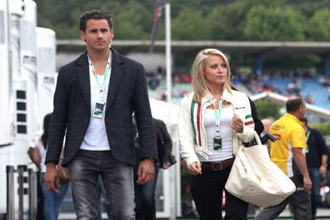 Adrian Sutil und Freundin Jennifer Beck sind seit Mittwoch in Barcelona zu Gast