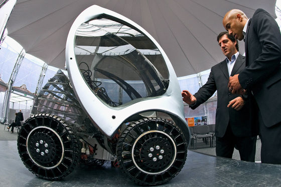 Faltbares Elektromobil der spanischen Firma Hiriko Prototyp