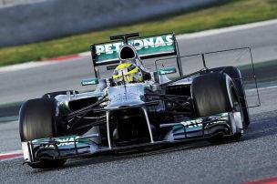 Mercedes tritt trotz Bestzeit auf die Bremse