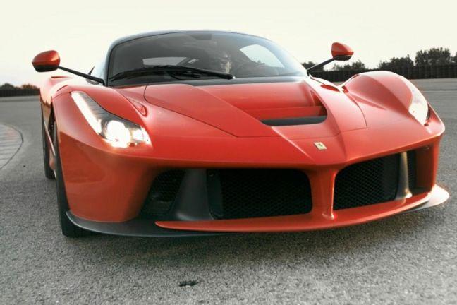 Video: Ferrari LaFerrari