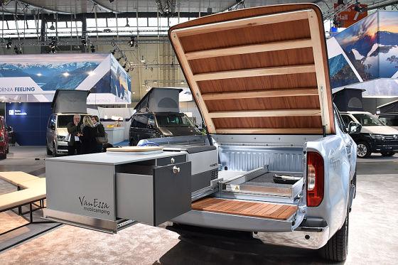 Mercedes X-Klasse mit mobiler Küche