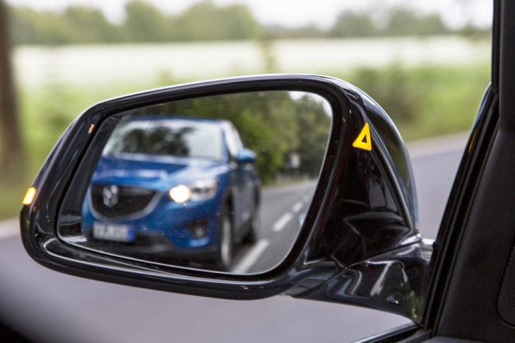 BMW Active Hybrid 3 Spurwechselwarnung