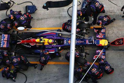 Mark Webbers zweiter Stopp in Runde 19 dauerte ganze 2,05 Sekunden