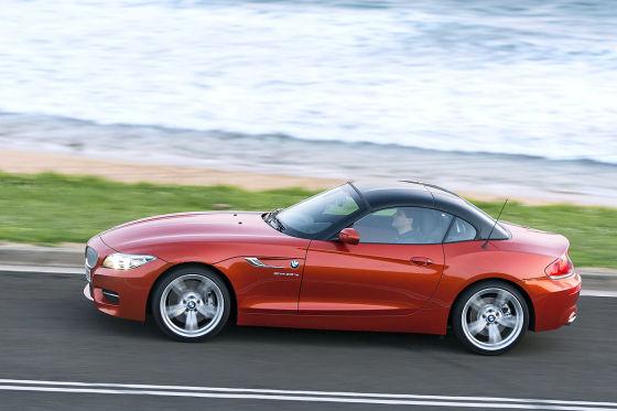 BMW Z4 Facelfit 2013 rot seitlich
