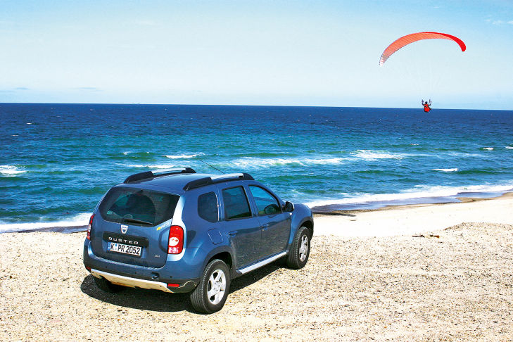 Dacia Duster am Strand