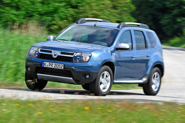 Dacia Duster fahrend