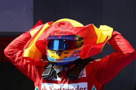 Fernando Alonso muss sich vor den FIA-Rennkommissaren rechtfertigen