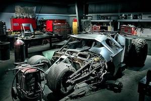 Batman Tumbler Replika Batmobil Rahmen