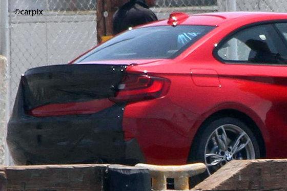 BMW 2er Coupé ungetarnt Heckansicht