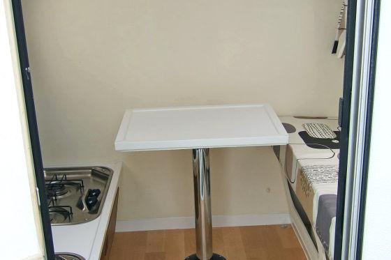 Pedal Bedzz Mini-Wohnmobil Tisch Herd