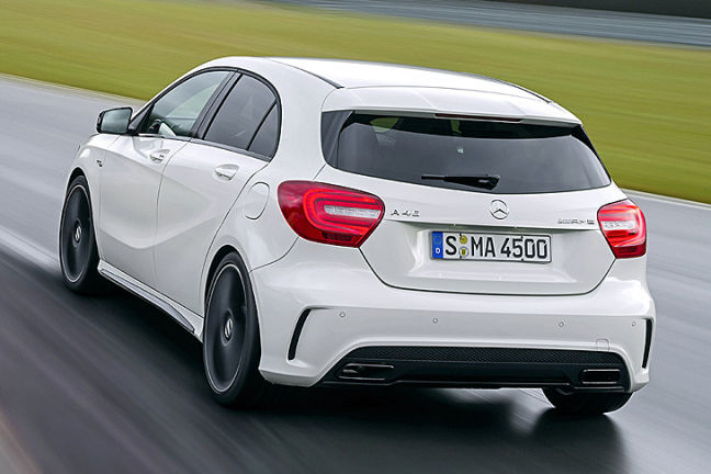 video mercedes a 45 amg. Black Bedroom Furniture Sets. Home Design Ideas