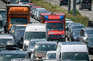 Fahrverbot f�r Rettungsgassen-S�nder
