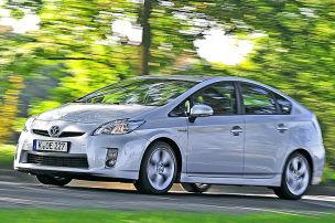Volvo und Toyota räumen ab