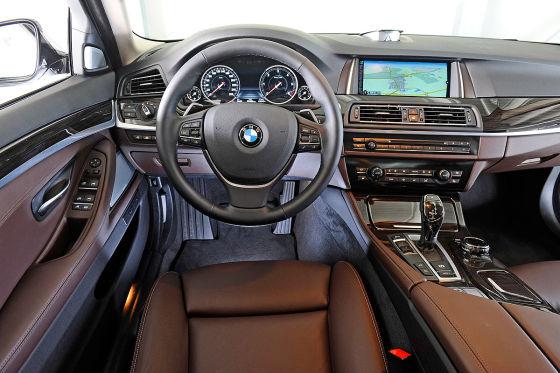 BMW 5er Innenraum Cockpit