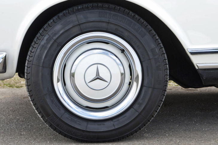 Mercedes 230 SL W 113