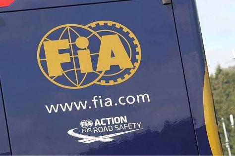 Die FIA wird den Teams beim Young-Driver-Test auf die Finger schauen