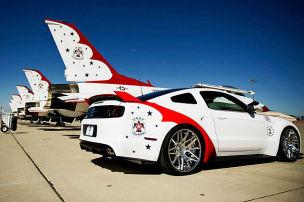 Mustang für Thunderbirds