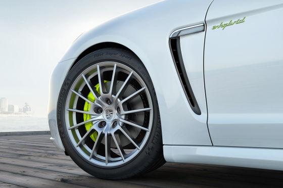 Porsche Panamera mit Michelin Reifen