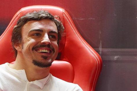 Genug von Rot? Fernando Alonso interessiert sich für das Red-Bull-Cockpit