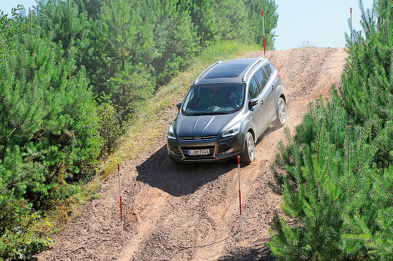 Offroad Parcours im Ford Kuga