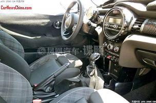 Das Cockpit des neuen Mini