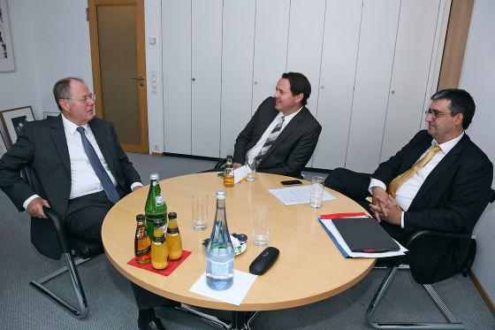 Interview mit Peer Steinbrück im Willy-Brandt Haus