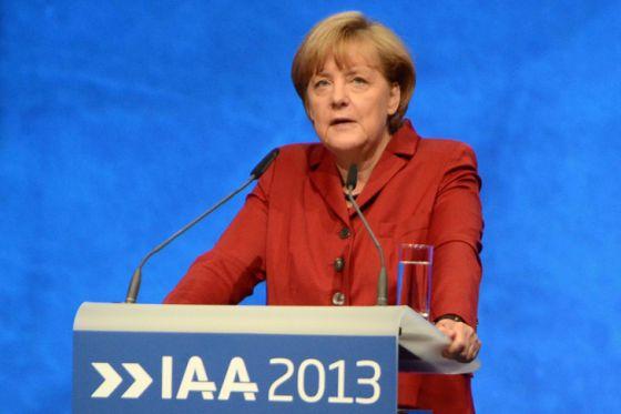 Bundeskanzlerin Angela Merkel bei der Eröffnungsrede auf der IAA 2013