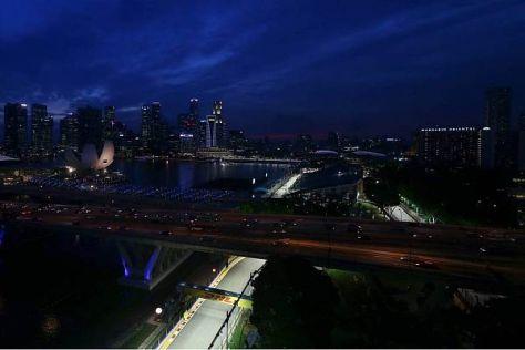 Stadtrundfahrt unter Flutlicht: Singapur verkörpert ein ganz eigenes Flair