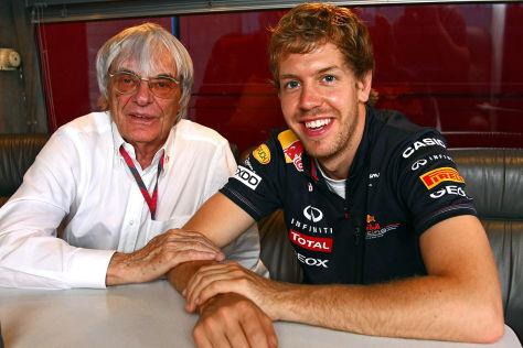 Bernie Ecclestone (links) mit Sebastian Vettel
