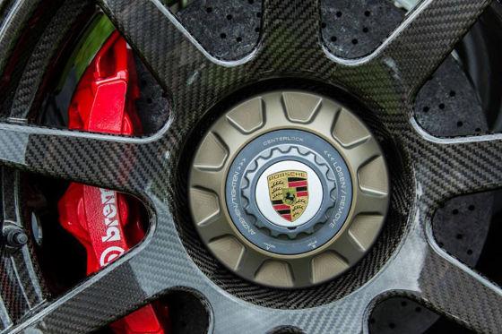 CR-9 Carbonrad mit Zentralverschluß für Porsche