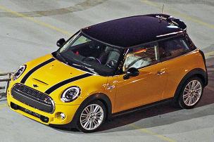 Neuer Mini mit drei Töpfen