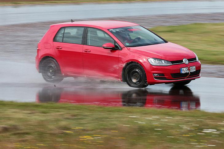 VW Golf, Ganzjahresreifen-Test