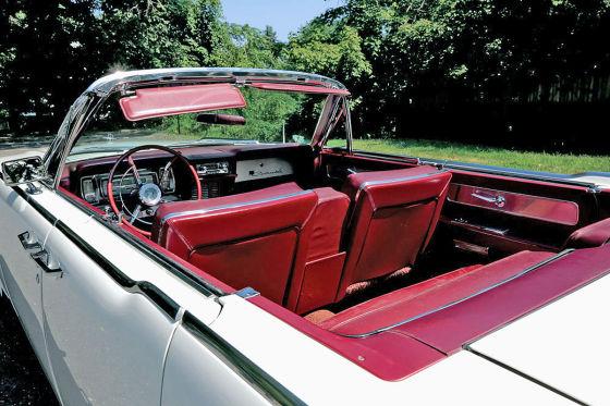 Lincoln Continental Cabrio rote Ledersitze