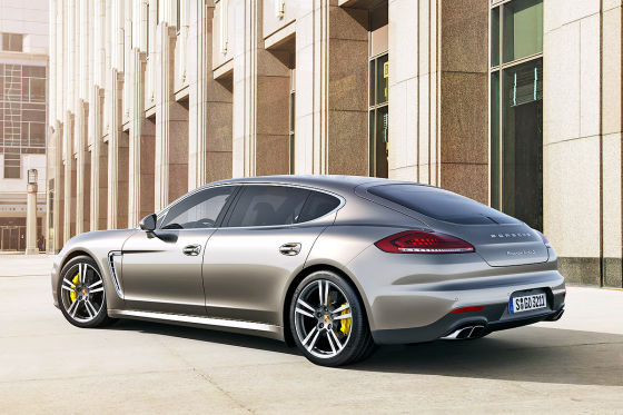 Porsche Panamera Turbo S Executive Heckansicht