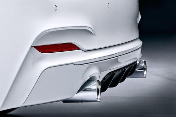 BMW 2er mit M Performance Endrohren