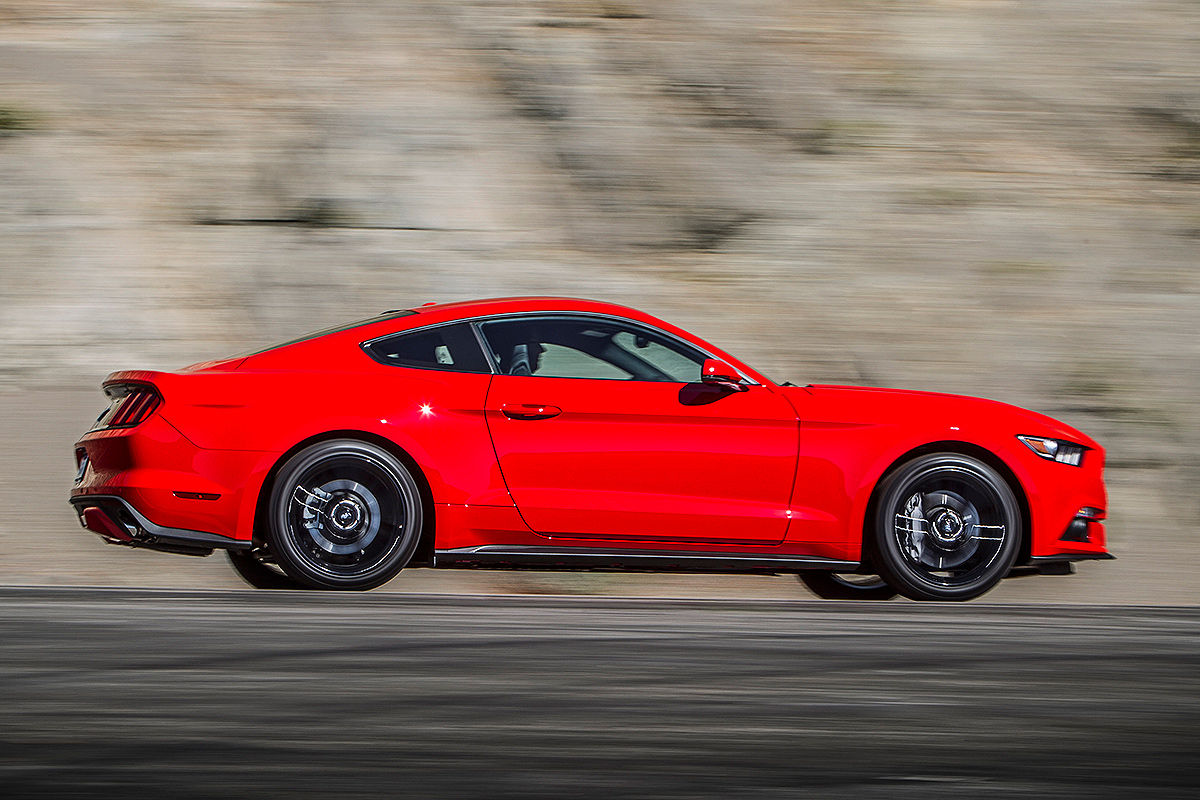 Ford Mustang 2014: Silhouette