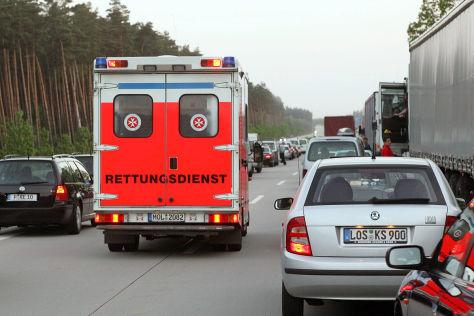 Rettungsgasse auf einer Autobahn