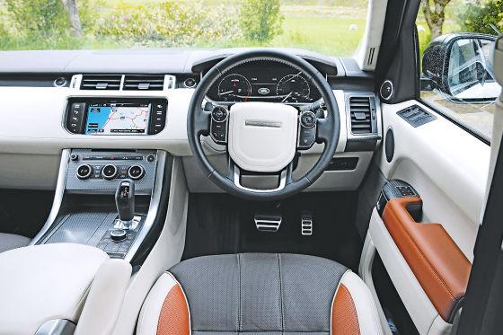 Range Rover Sport  Cockpit
