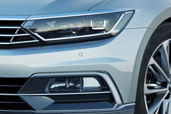 VW enthüllt den neuen Passat