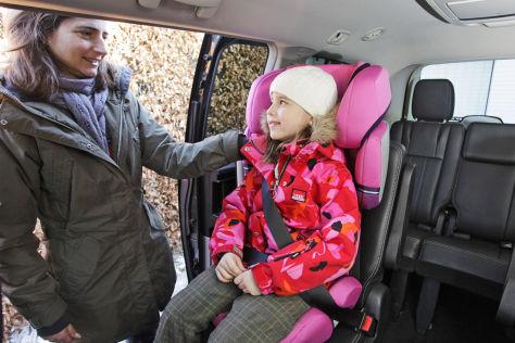 kindersicherer gurt children safety belt system der tu. Black Bedroom Furniture Sets. Home Design Ideas
