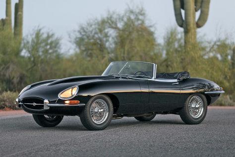 1966 Jaguar E-Type Series 1 4.2-Litre Roadster      Lot  216