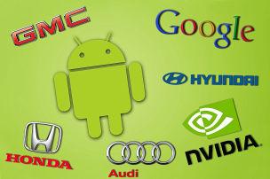 Android-Bot fährt Auto